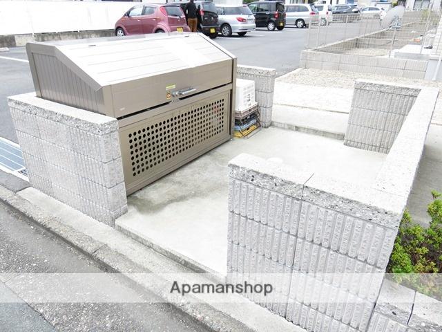 静岡県浜松市中区、浜松駅遠鉄バスバス8分森田下車後徒歩12分の築5年 2階建の賃貸テラスハウス