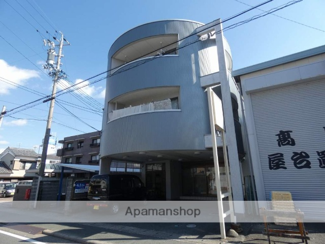 静岡県浜松市中区、浜松駅徒歩22分の築30年 3階建の賃貸アパート