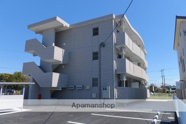 静岡県浜松市浜北区、浜北駅徒歩27分の築4年 3階建の賃貸マンション