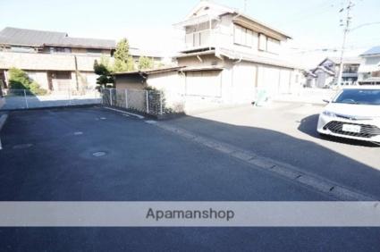 ハピネスマルカ[2DK/50.45m2]の駐車場