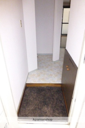 静岡県静岡市清水区西高町[2DK/44.92m2]の玄関