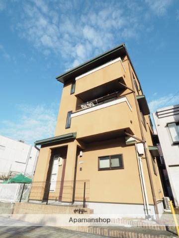 静岡県静岡市清水区、新清水駅徒歩7分の築9年 3階建の賃貸アパート