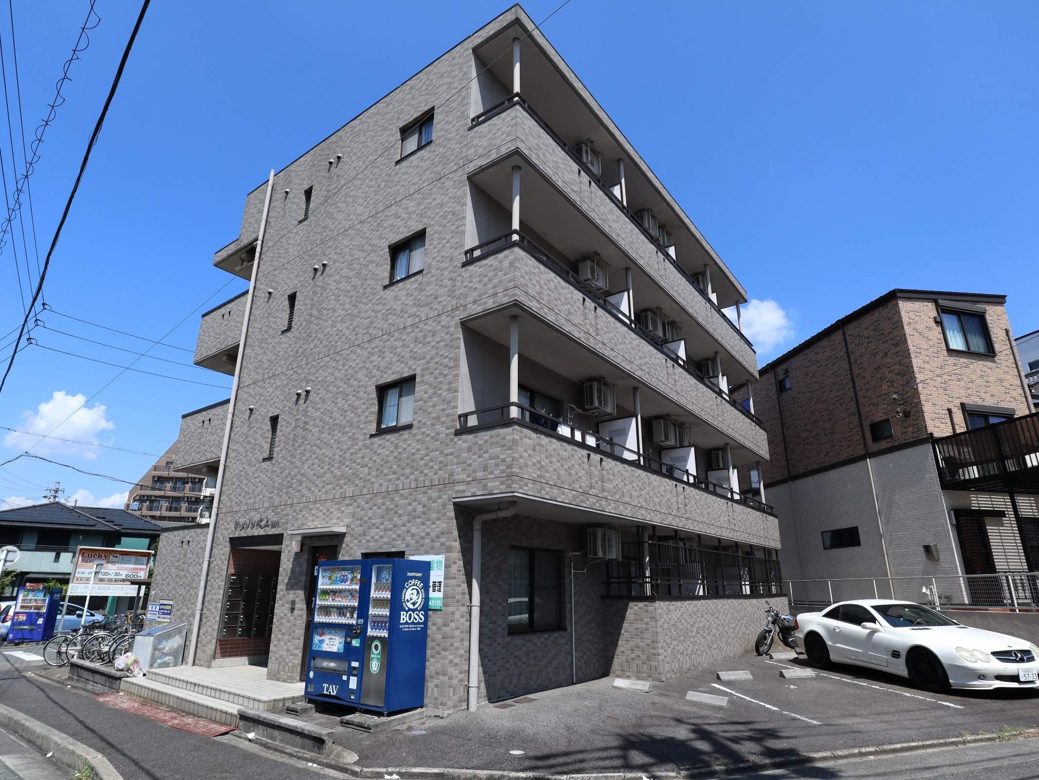 愛知県名古屋市千種区、鶴舞駅徒歩11分の築14年 4階建の賃貸マンション