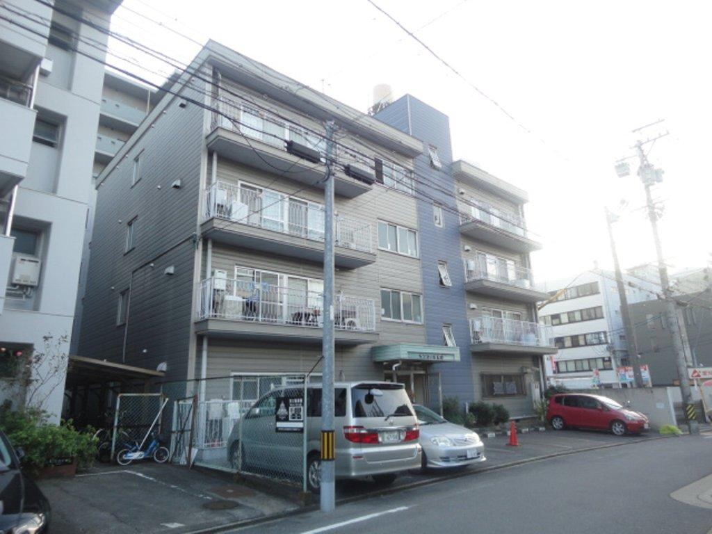 愛知県名古屋市千種区、本山駅徒歩12分の築36年 4階建の賃貸マンション