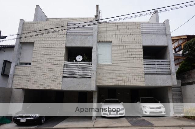 愛知県名古屋市千種区、池下駅徒歩14分の築8年 3階建の賃貸マンション