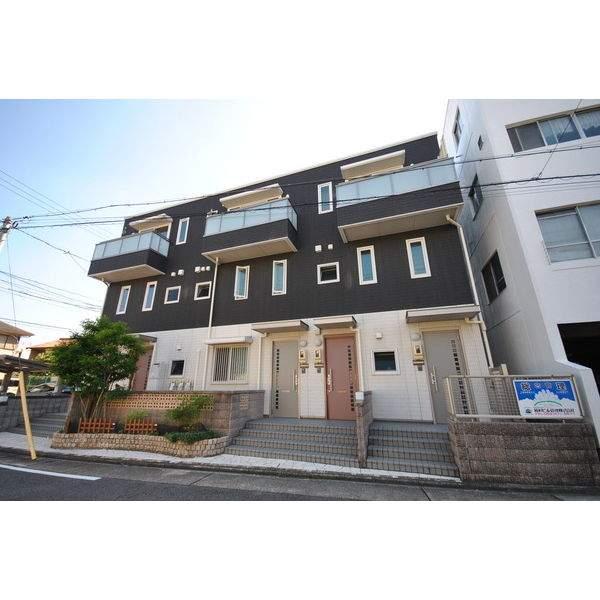 愛知県名古屋市千種区、池下駅徒歩15分の築10年 3階建の賃貸マンション