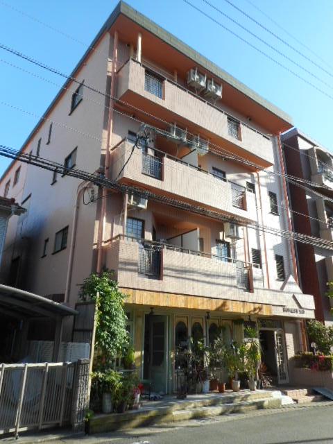 愛知県名古屋市千種区、本山駅徒歩13分の築26年 4階建の賃貸マンション