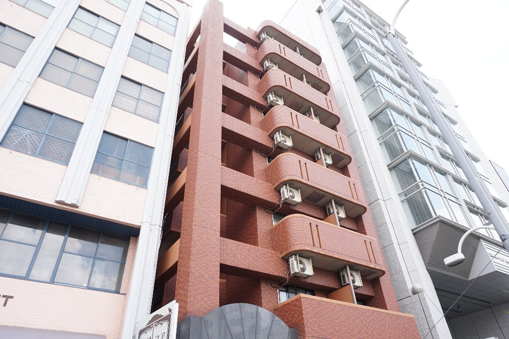 愛知県名古屋市千種区、今池駅徒歩14分の築17年 7階建の賃貸マンション
