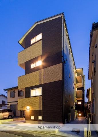 愛知県名古屋市東区、矢田駅徒歩3分の築3年 3階建の賃貸アパート