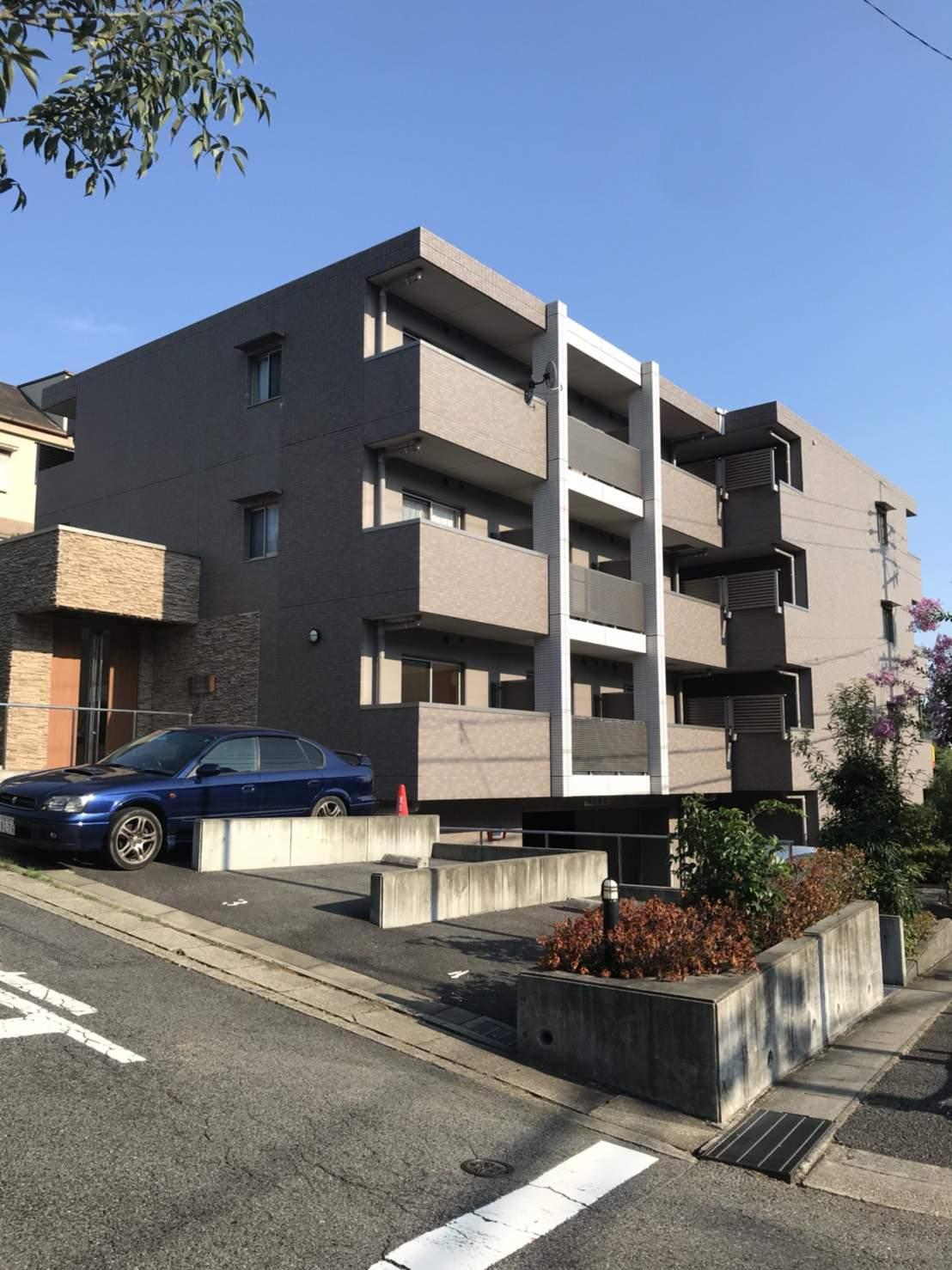 愛知県名古屋市千種区、東山公園駅徒歩18分の築8年 4階建の賃貸マンション
