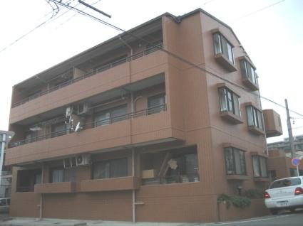 愛知県名古屋市千種区、本山駅徒歩8分の築28年 3階建の賃貸マンション
