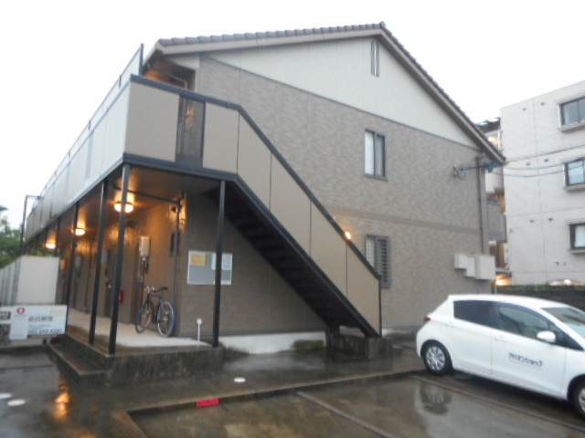 愛知県名古屋市昭和区、川名駅徒歩12分の築14年 2階建の賃貸アパート