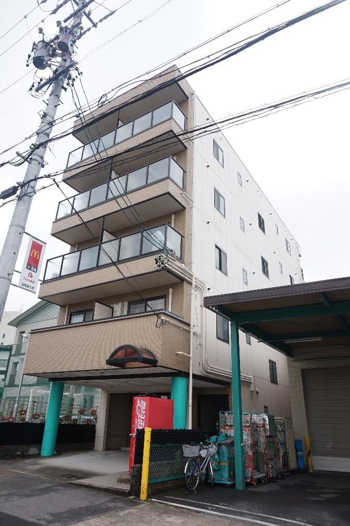 愛知県名古屋市昭和区、川名駅徒歩3分の築19年 5階建の賃貸マンション
