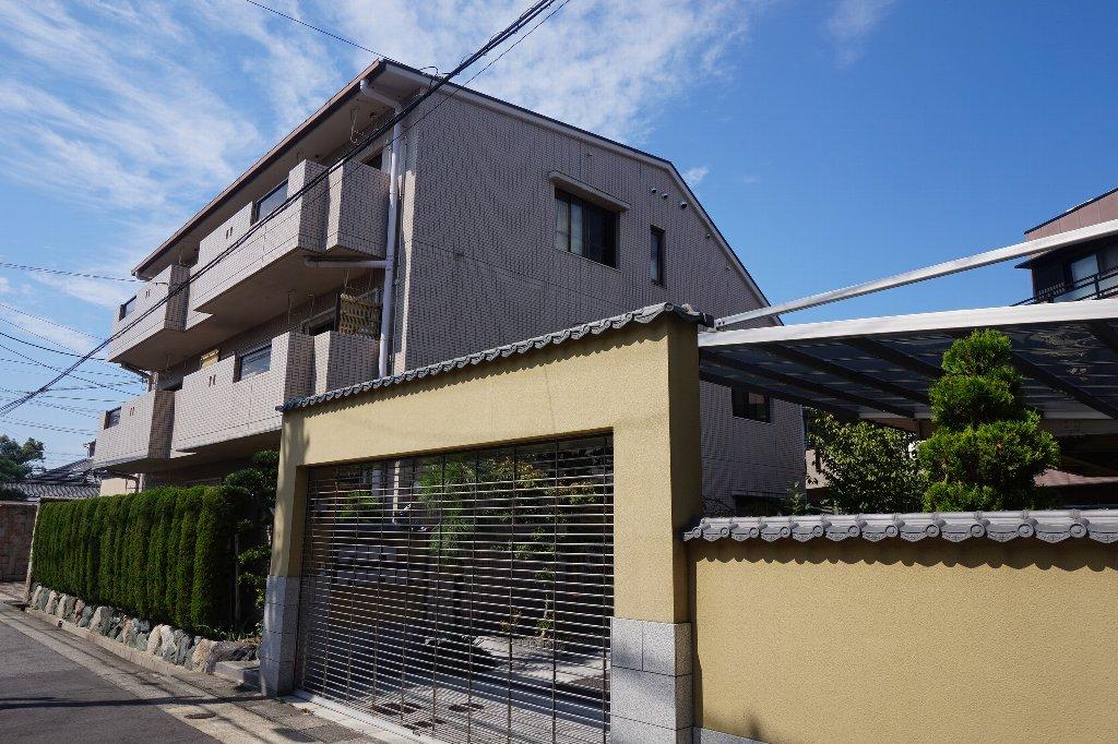 愛知県名古屋市千種区、本山駅徒歩7分の築15年 3階建の賃貸マンション