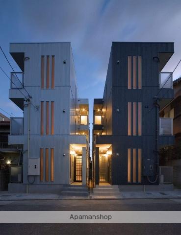 愛知県名古屋市千種区、自由ヶ丘駅徒歩17分の築10年 3階建の賃貸アパート