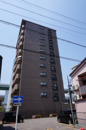 愛知県名古屋市東区、東大手駅徒歩8分の築21年 11階建の賃貸マンション