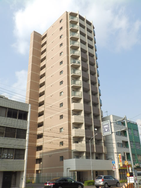 愛知県名古屋市東区、森下駅徒歩16分の築8年 15階建の賃貸マンション