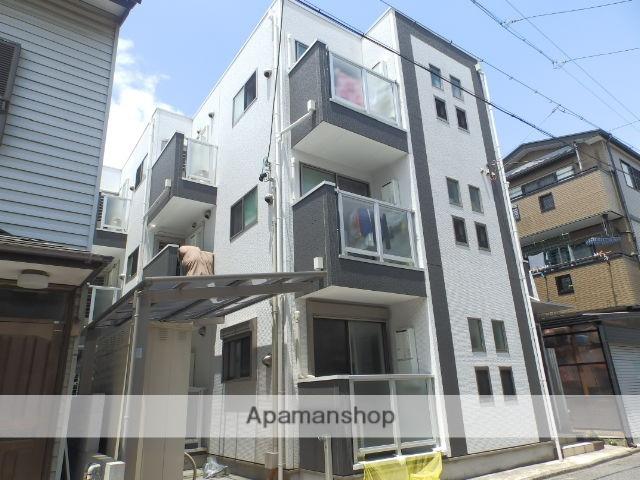 愛知県名古屋市千種区、今池駅徒歩8分の築8年 3階建の賃貸アパート
