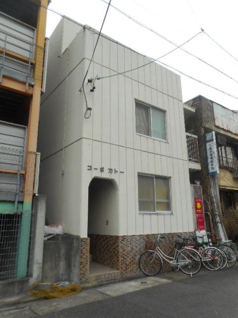 愛知県名古屋市千種区、千種駅徒歩13分の築34年 3階建の賃貸アパート