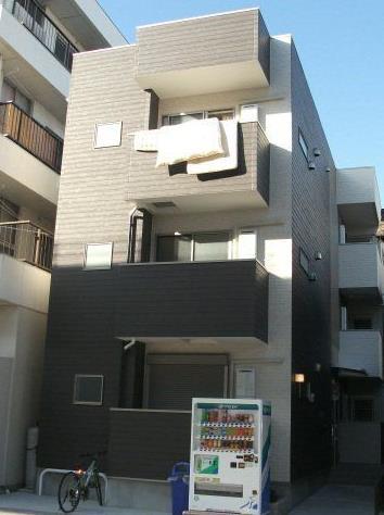 愛知県名古屋市東区、矢田駅徒歩13分の築4年 3階建の賃貸アパート