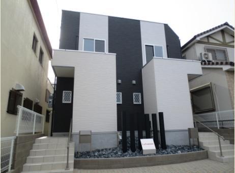 愛知県名古屋市千種区、自由ヶ丘駅徒歩13分の築4年 2階建の賃貸テラスハウス