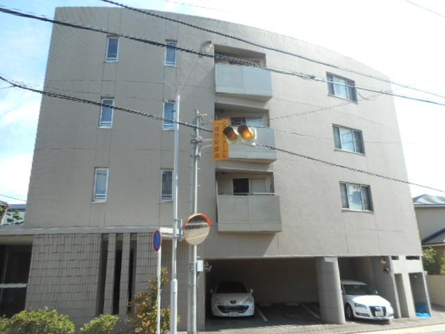 愛知県名古屋市千種区、覚王山駅徒歩6分の築12年 4階建の賃貸マンション