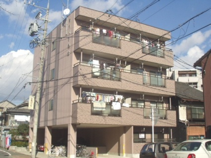 愛知県名古屋市熱田区、西高蔵駅徒歩16分の築17年 4階建の賃貸マンション