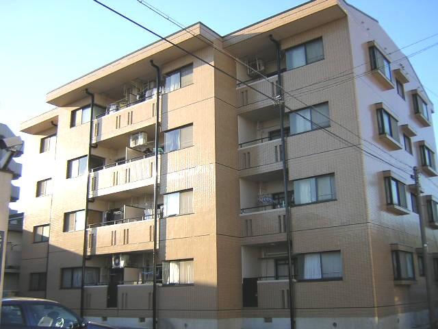 愛知県名古屋市北区、東大手駅徒歩9分の築22年 4階建の賃貸マンション