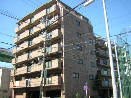 愛知県名古屋市北区、志賀本通駅徒歩11分の築18年 7階建の賃貸マンション