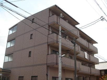 愛知県名古屋市北区、味鋺駅徒歩2分の築15年 4階建の賃貸マンション