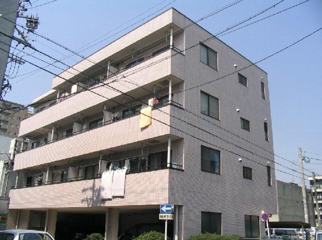 愛知県名古屋市千種区、今池駅徒歩15分の築27年 4階建の賃貸マンション