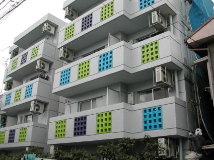愛知県名古屋市北区、平安通駅徒歩7分の築25年 4階建の賃貸マンション