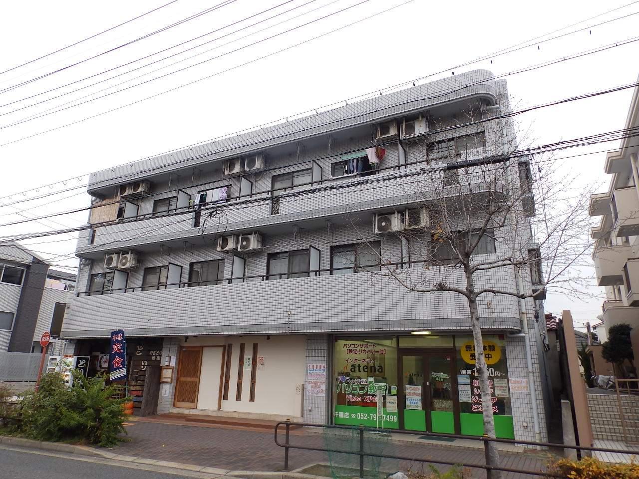 愛知県名古屋市千種区、今池駅徒歩17分の築26年 3階建の賃貸マンション