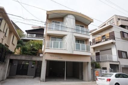 愛知県名古屋市千種区、池下駅徒歩9分の築19年 3階建の賃貸マンション