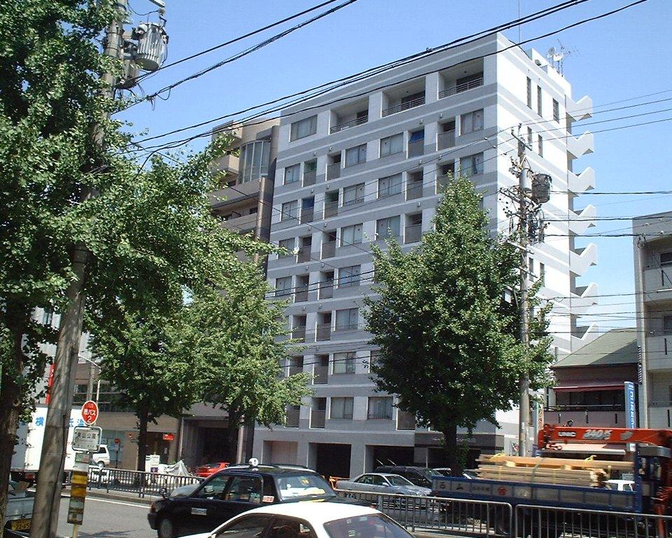 愛知県名古屋市千種区、本山駅徒歩10分の築17年 9階建の賃貸マンション
