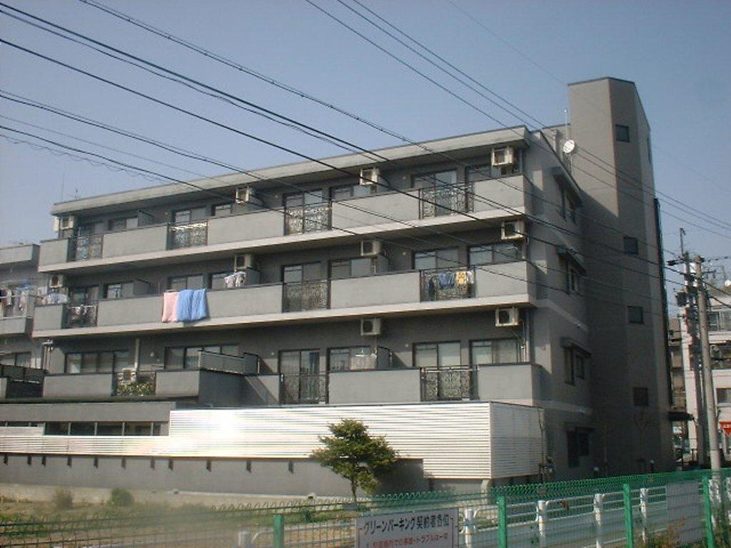 愛知県名古屋市千種区、覚王山駅徒歩9分の築21年 5階建の賃貸マンション