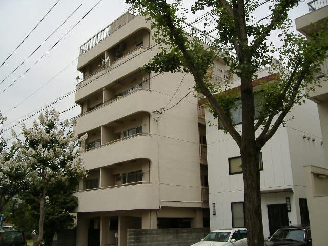 愛知県名古屋市千種区、星ヶ丘駅徒歩2分の築30年 7階建の賃貸マンション