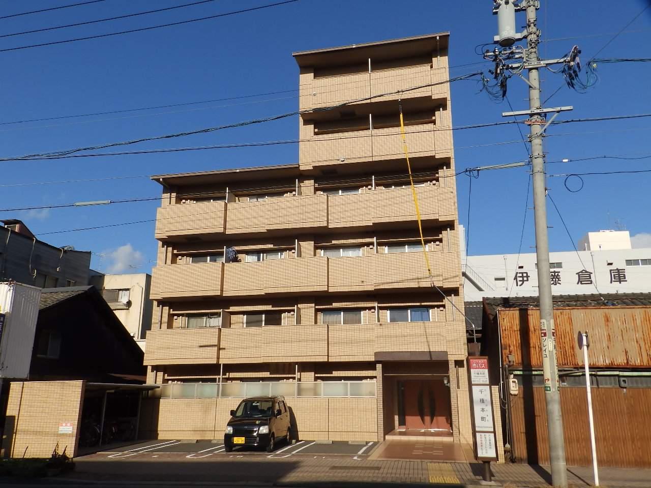 愛知県名古屋市千種区、新栄町駅徒歩13分の築12年 6階建の賃貸マンション