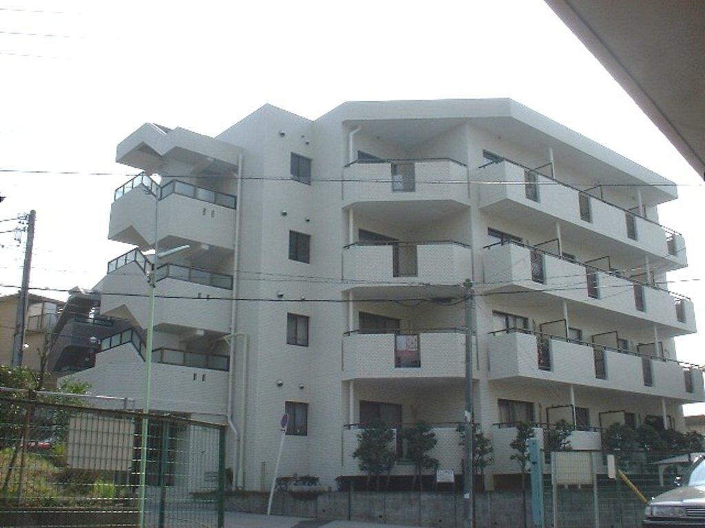 愛知県名古屋市千種区、池下駅徒歩13分の築30年 4階建の賃貸マンション