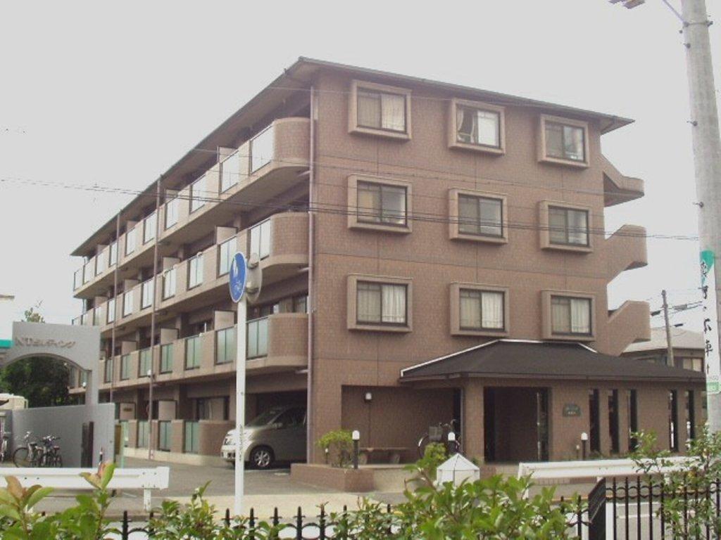 愛知県名古屋市中村区、中村日赤駅徒歩5分の築23年 4階建の賃貸マンション