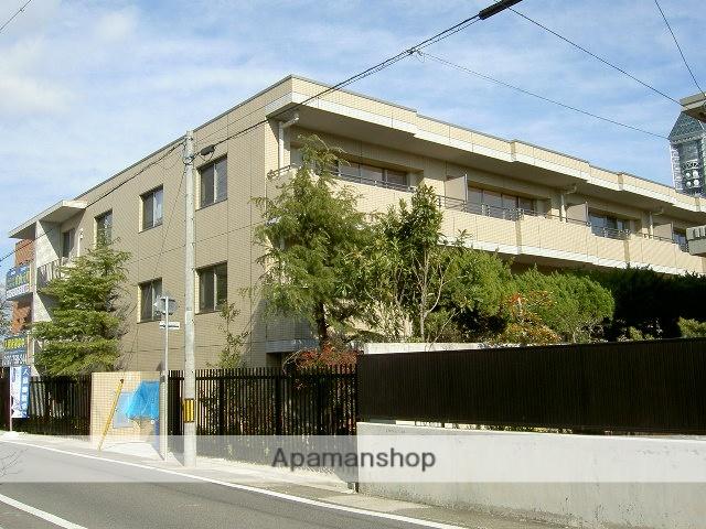愛知県名古屋市千種区、本山駅徒歩18分の築10年 5階建の賃貸マンション