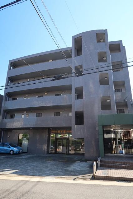 愛知県名古屋市名東区、星ヶ丘駅徒歩15分の築19年 4階建の賃貸マンション