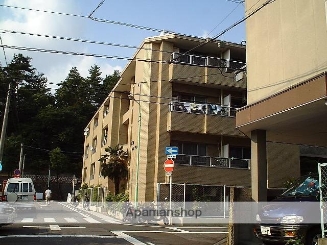 愛知県名古屋市千種区、本山駅徒歩14分の築33年 4階建の賃貸マンション