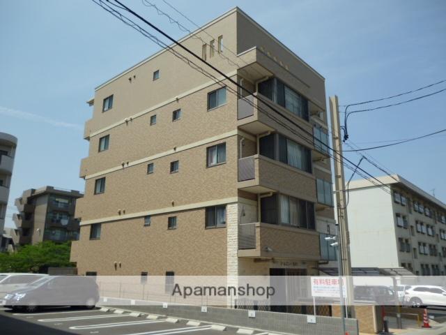 愛知県名古屋市名東区、上社駅徒歩22分の築5年 5階建の賃貸マンション
