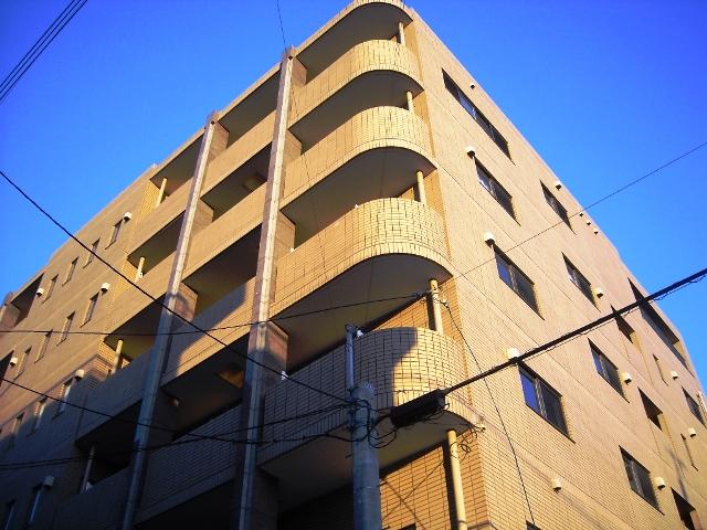 愛知県名古屋市千種区、池下駅徒歩13分の築13年 6階建の賃貸マンション