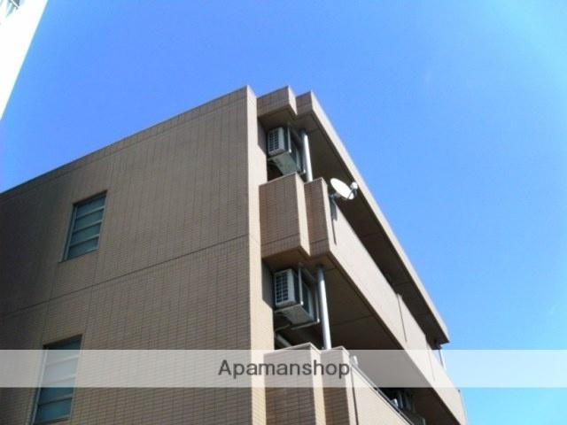 愛知県名古屋市名東区、一社駅徒歩8分の築11年 3階建の賃貸マンション