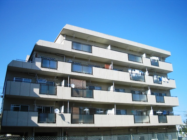 愛知県名古屋市名東区、星ヶ丘駅市バスバス11分極楽下車後徒歩3分の築33年 5階建の賃貸マンション
