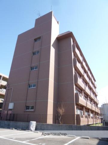 愛知県名古屋市名東区、一社駅徒歩9分の築17年 5階建の賃貸マンション