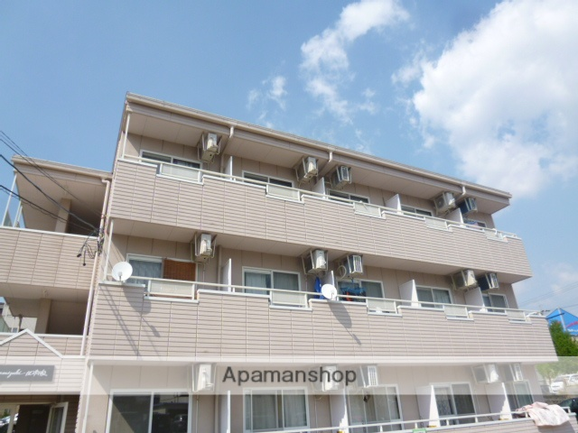 愛知県名古屋市守山区、藤が丘駅徒歩17分の築16年 3階建の賃貸マンション