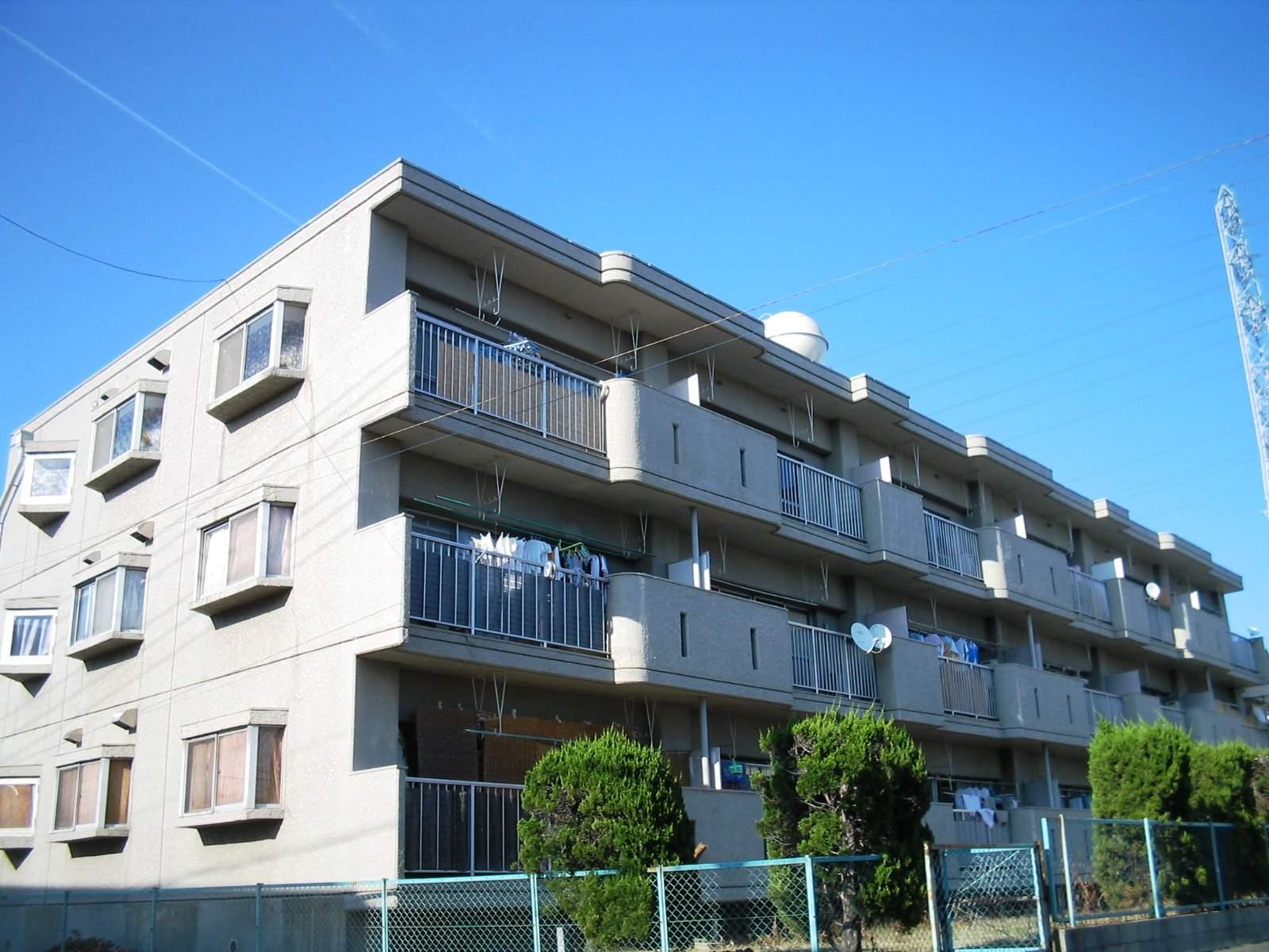 愛知県名古屋市名東区、上社駅徒歩15分の築37年 3階建の賃貸マンション